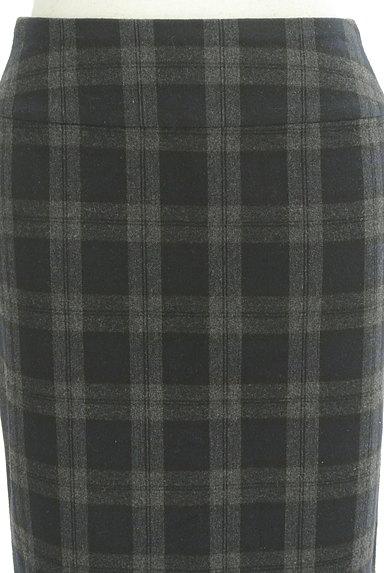 Spick and Span(スピック&スパン)の古着「チェック柄膝下丈タイトスカート(スカート)」大画像4へ