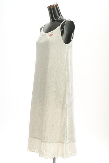 CUBE SUGAR(キューブシュガー)の古着「裾レースキャミマキシワンピース(キャミワンピース)」大画像3へ