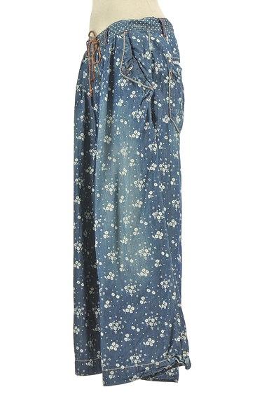 CUBE SUGAR(キューブシュガー)の古着「小花柄ダンガリーワイドパンツ(パンツ)」大画像3へ