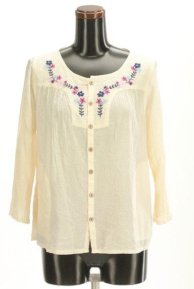 CUBE SUGAR(キューブシュガー)の古着「花刺繍7分袖ノーカラーシャツ(カジュアルシャツ)」大画像1へ