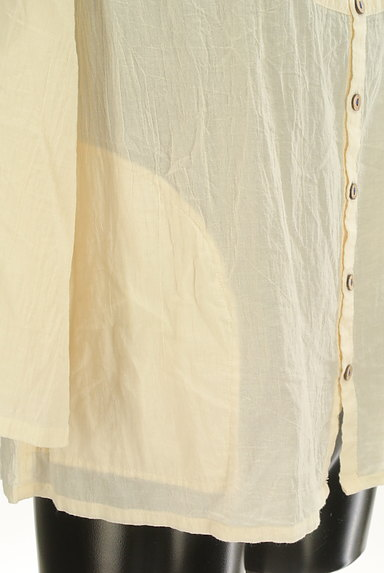 CUBE SUGAR(キューブシュガー)の古着「花刺繍7分袖ノーカラーシャツ(カジュアルシャツ)」大画像5へ