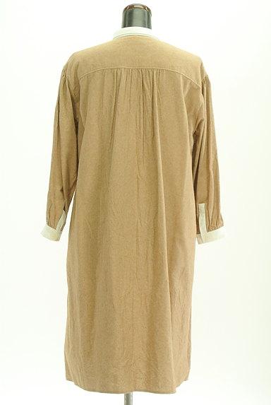 SM2(サマンサモスモス)の古着「バイカラー衿起毛ワンピース(ワンピース・チュニック)」大画像2へ