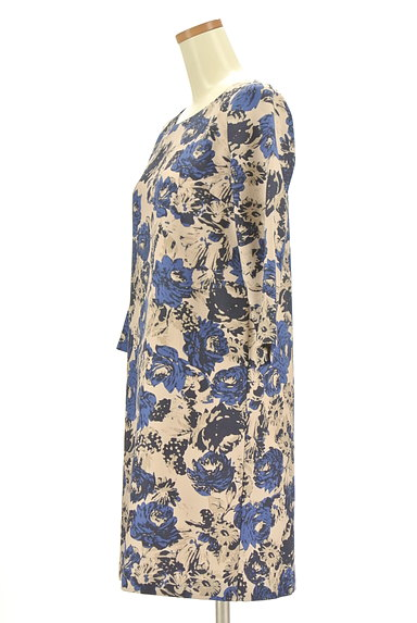 Te chichi(テチチ)の古着「花柄7分袖膝丈ワンピース(ワンピース・チュニック)」大画像3へ