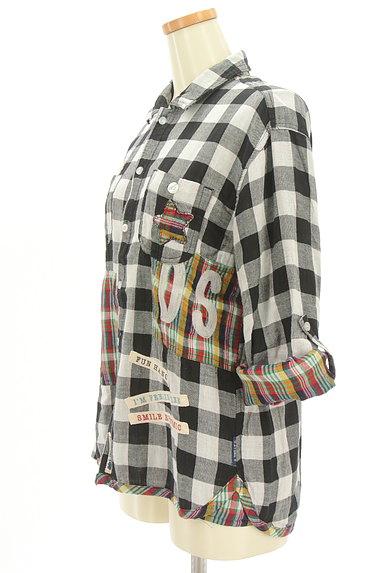 drug store's(ドラッグストアーズ)の古着「ブタワッペン付きチェック柄シャツ(カジュアルシャツ)」大画像3へ