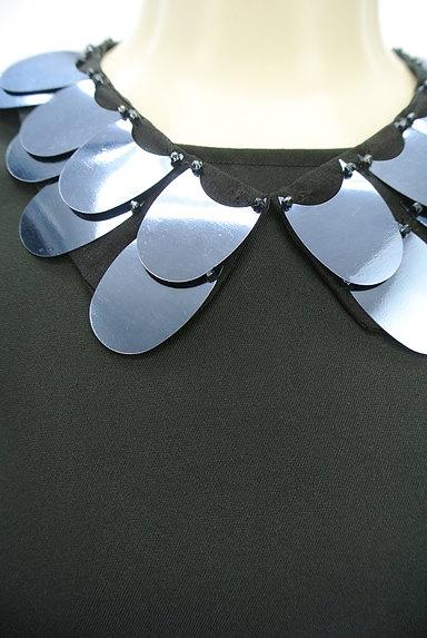 MAX&Co.(マックス&コー)の古着「ネックレス付き艶ワンピース(ワンピース・チュニック)」大画像4へ