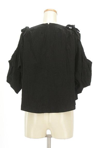 MOUSSY(マウジー)の古着「カット袖コンパクトカットソー(カットソー・プルオーバー)」大画像2へ