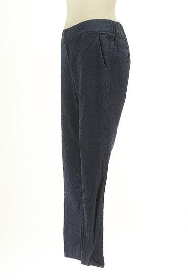 UNITED ARROWS(ユナイテッドアローズ)の古着「凹凸加工ストレートパンツ(パンツ)」大画像3へ