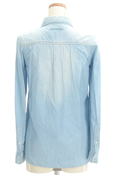GALLARDAGALANTE(ガリャルダガランテ)の古着「ハイウォッシュデニムシャツ(カジュアルシャツ)」大画像2へ