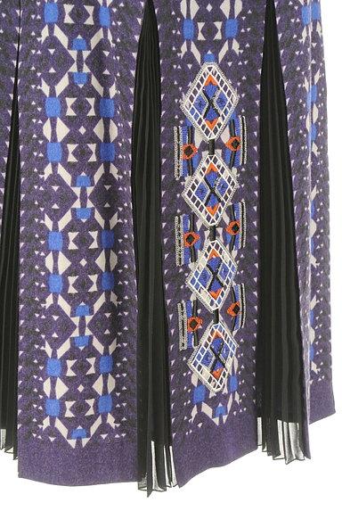 HIROKO BIS(ヒロコビス)の古着「エスニック刺繍タックプリーツスカート(スカート)」大画像5へ