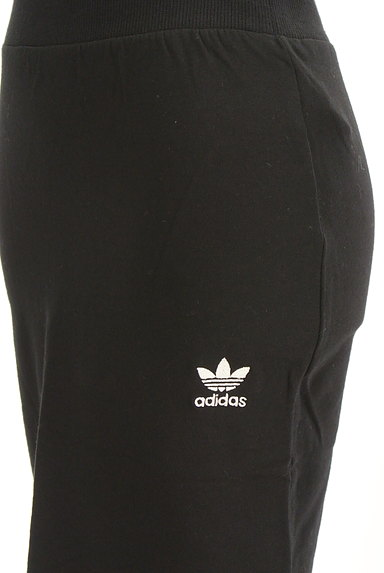 adidas(アディダス)の古着「ミモレ丈三本ラインスウェットスカート(スカート)」大画像5へ