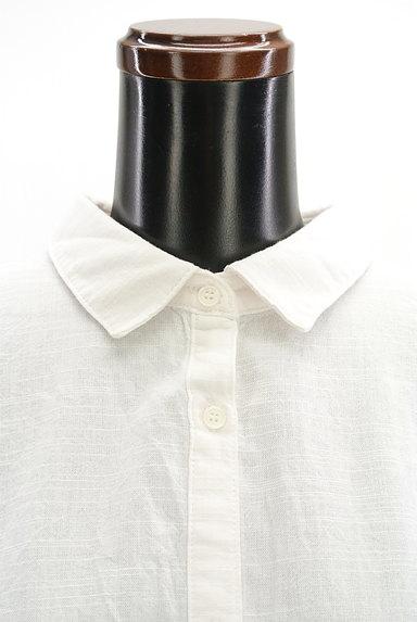 Te chichi(テチチ)の古着「タックフリル袖コットンシャツ(カジュアルシャツ)」大画像5へ