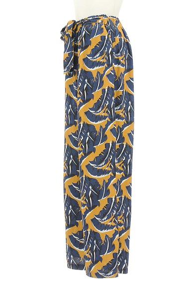 MOUSSY(マウジー)の古着「ボタニカル柄ワイドパンツ(パンツ)」大画像3へ