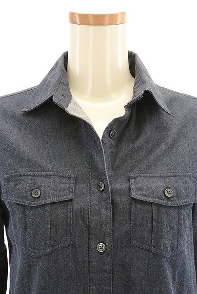 INDIVI(インディヴィ)の古着「シンプルカジュアルシャツ(カジュアルシャツ)」大画像4へ
