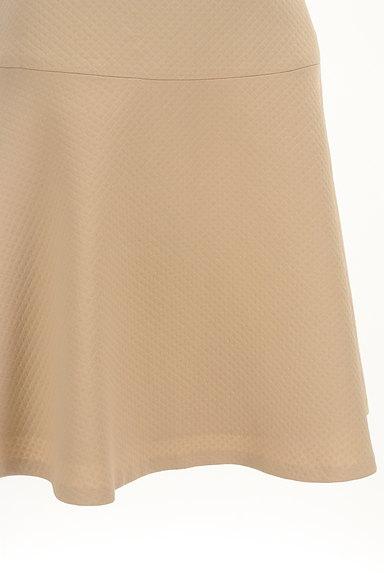 INDIVI(インディヴィ)の古着「膝丈チェック柄編地フレアスカート(スカート)」大画像5へ