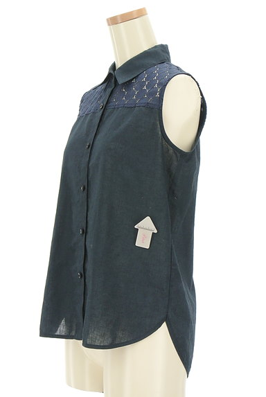 INDIVI(インディヴィ)の古着「ドットレース切替ブラウスシャツ(ブラウス)」大画像4へ