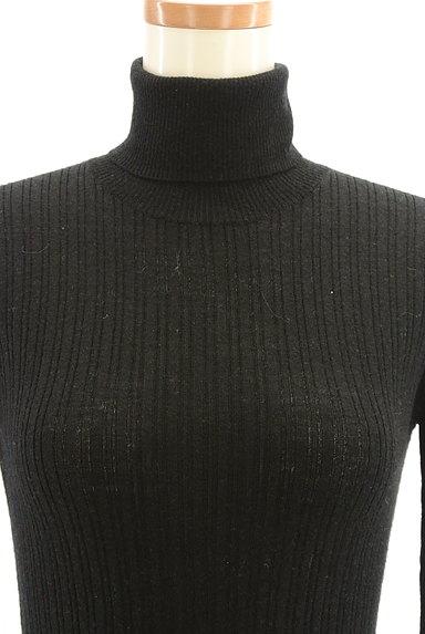HUMAN WOMAN(ヒューマンウーマン)の古着「ベーシックリブ長袖タートルニット(ニット)」大画像5へ