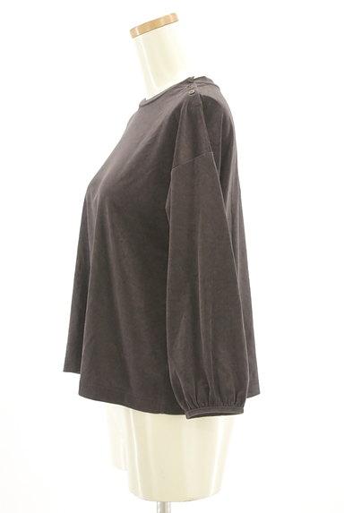 HUMAN WOMAN(ヒューマンウーマン)の古着「サイドボタンベロアカットソー(カットソー・プルオーバー)」大画像3へ
