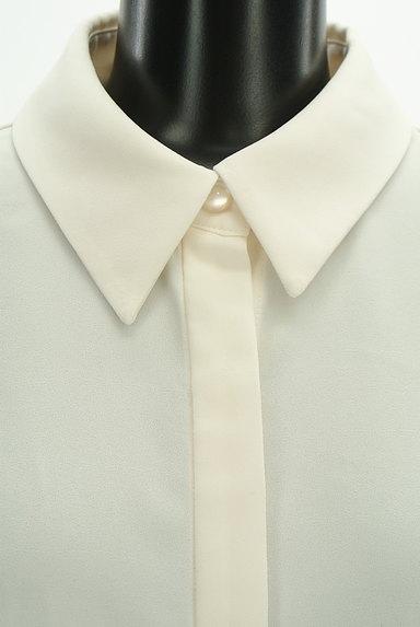 31 Sons de mode(トランテアン ソン ドゥ モード)の古着「比翼ボタンシンプルブラウス(ブラウス)」大画像4へ