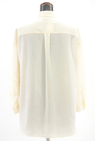 Spick and Span(スピック&スパン)の古着「シンプルロングシャツ(カジュアルシャツ)」大画像2へ