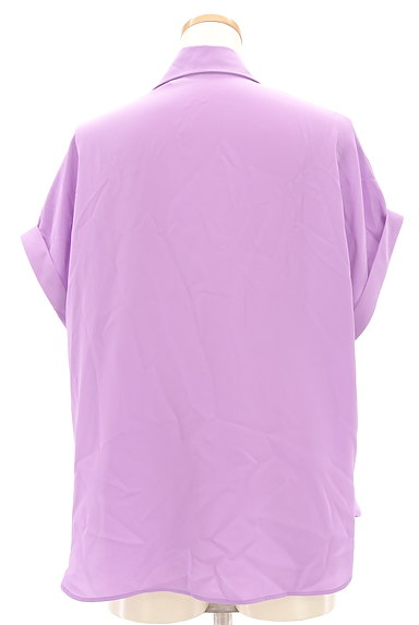 LOUNIE(ルーニィ)の古着「スキッパーカラーシャツカットソー(カットソー・プルオーバー)」大画像2へ