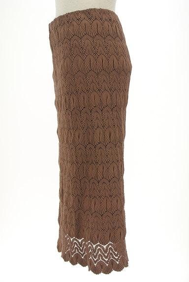 LOUNIE(ルーニィ)の古着「タイト刺繍ミモレスカート(ロングスカート・マキシスカート)」大画像3へ