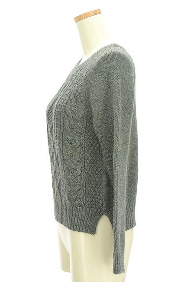 UNTITLED(アンタイトル)の古着「コンパクトケーブル編みニット(セーター)」大画像3へ