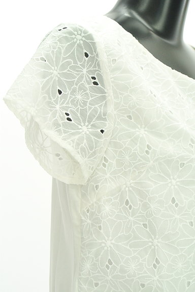 KUMIKYOKU(組曲)の古着「花柄刺繍シアーカットソー(カットソー・プルオーバー)」大画像4へ