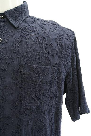 niko and...(ニコ アンド)の古着「半袖ペイズリー刺繍シャツ(カジュアルシャツ)」大画像4へ