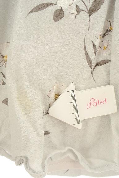 Snidel(スナイデル)の古着「花柄インナーパンツミニスカ(ショートパンツ・ハーフパンツ)」大画像5へ