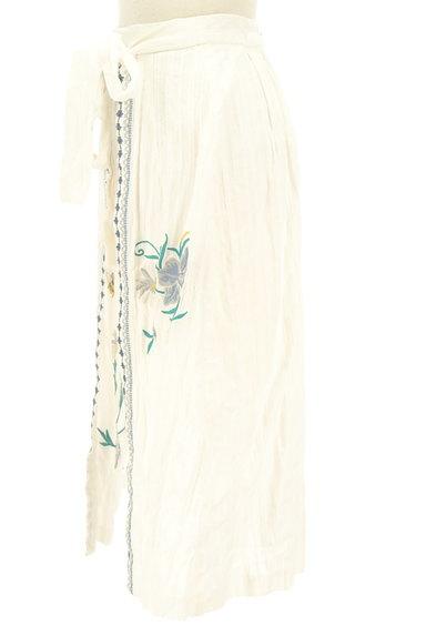 Lily Brown(リリーブラウン)の古着「フラワー刺繍コットンスカート(ロングスカート・マキシスカート)」大画像3へ