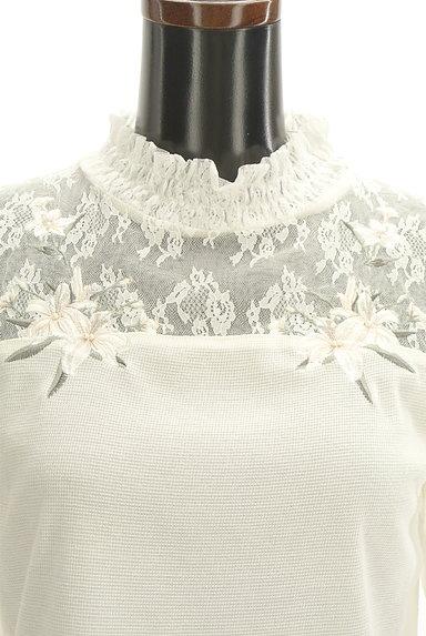 axes femme(アクシーズファム)の古着「花刺繍入りシフォン袖カットソー(カットソー・プルオーバー)」大画像4へ