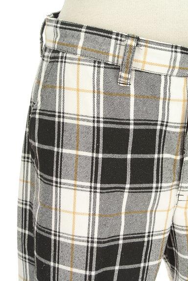 X-girl(エックスガール)の古着「センタープレステーパードパンツ(パンツ)」大画像4へ