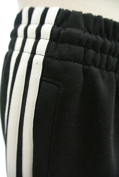 adidas(アディダス)の古着「サイドラインジャージパンツ(ジャージボトムス)」大画像4へ