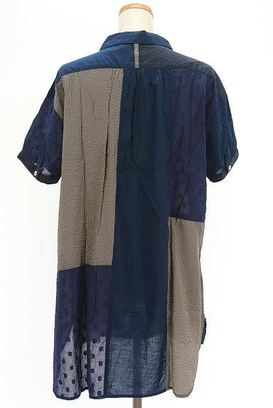 POU DOU DOU(プードゥドゥ)の古着「パッチワーク風シャツ(カジュアルシャツ)」大画像2へ