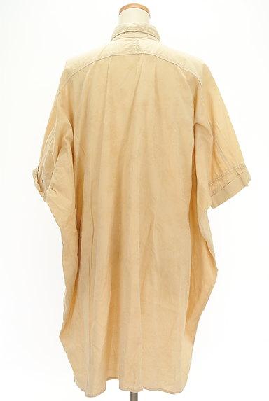 ZUCCa(ズッカ)の古着「前後切替ドルマンロングシャツ(カジュアルシャツ)」大画像2へ