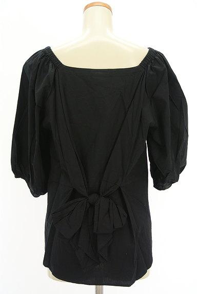 DOUBLE STANDARD CLOTHING(ダブルスタンダードクロージング)の古着「ボリューム袖バックリボンカットソー(カットソー・プルオーバー)」大画像2へ
