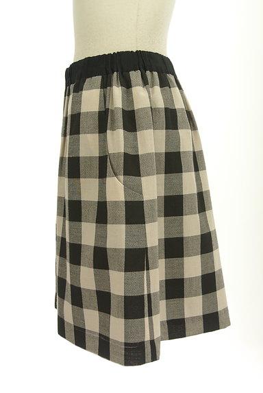 Bon mercerie(ボンメルスリー)の古着「チェック柄膝上丈フレアスカート(ミニスカート)」大画像3へ