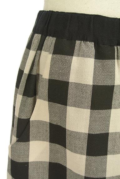 Bon mercerie(ボンメルスリー)の古着「チェック柄膝上丈フレアスカート(ミニスカート)」大画像4へ