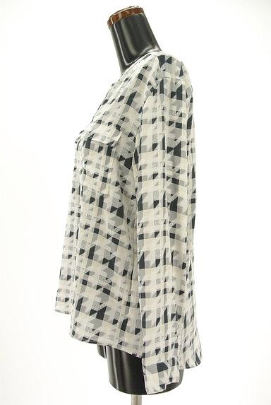 LAUTREAMONT(ロートレアモン)の古着「チェック×千鳥格子柄キーネックカットソー(ブラウス)」大画像3へ
