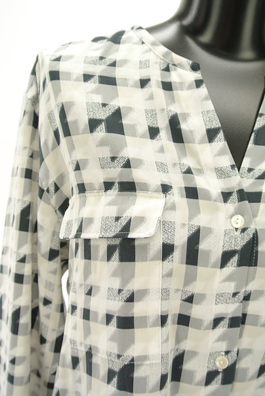 LAUTREAMONT(ロートレアモン)の古着「チェック×千鳥格子柄キーネックカットソー(ブラウス)」大画像4へ