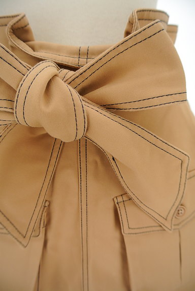 dazzlin(ダズリン)の古着「ステッチ台形ミニスカート(ミニスカート)」大画像4へ