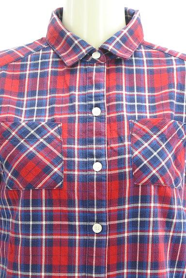 NATURAL BEAUTY BASIC(ナチュラルビューティベーシック)の古着「7分袖チェックシャツチュニック(カジュアルシャツ)」大画像4へ