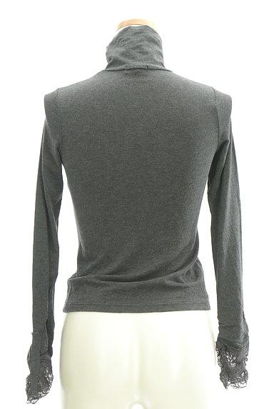 LOUNIE(ルーニィ)の古着「袖レースタートルカットソー(カットソー・プルオーバー)」大画像2へ