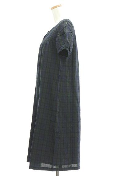 HUMAN WOMAN(ヒューマンウーマン)の古着「チェック柄ロングワンピース(ワンピース・チュニック)」大画像3へ