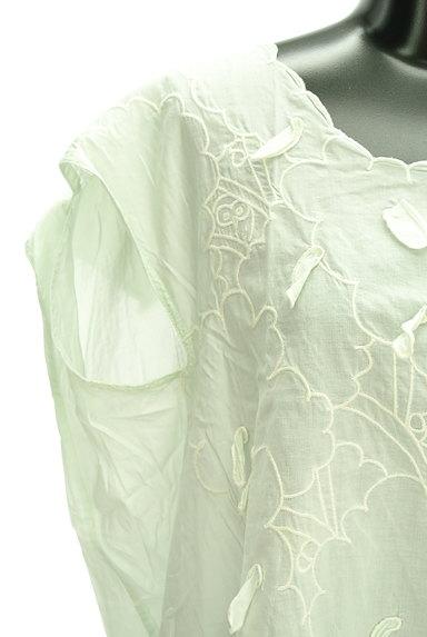 Ne-net(ネネット)の古着「刺繍デザインフレンチスリーブカットソー(カットソー・プルオーバー)」大画像4へ