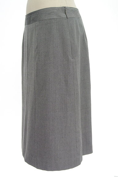 NEW YORKER(ニューヨーカー)の古着「斜めストライプ柄膝丈スカート(スカート)」大画像3へ