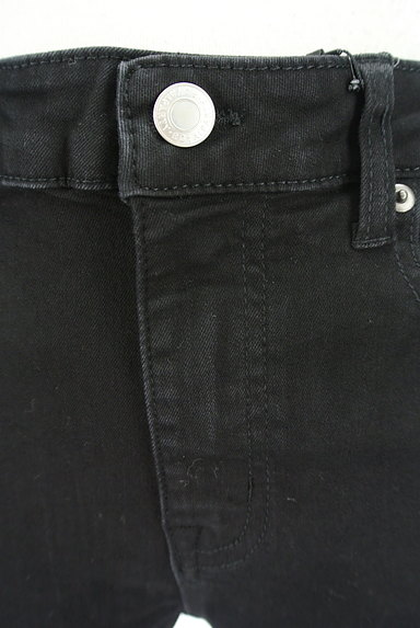 ROYAL PARTY(ロイヤルパーティ)の古着「ベーシック黒スキニーパンツ(デニムパンツ)」大画像4へ