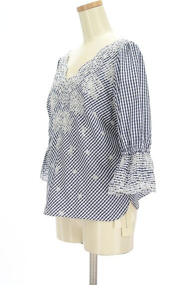 31 Sons de mode(トランテアン ソン ドゥ モード)の古着「花柄刺繍ギンガムチェック柄カットソー(カットソー・プルオーバー)」大画像3へ