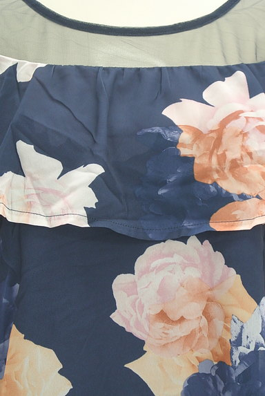 rienda(リエンダ)の古着「チュール×花柄フリルカットソー(カットソー・プルオーバー)」大画像4へ