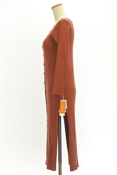 REDYAZEL(レディアゼル)の古着「サイドスリットリブワンピース(ワンピース・チュニック)」大画像3へ